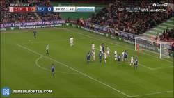 Enlace a Rooney salva al United y hace historia, se convierte en el máximo goleador del equipo