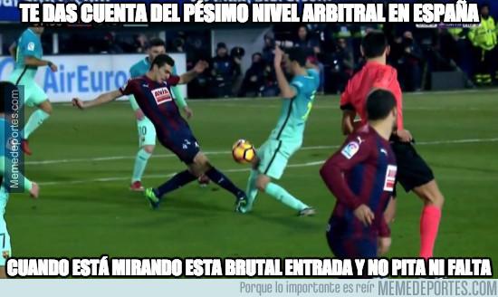942026 - Lamentable los árbitros en España...