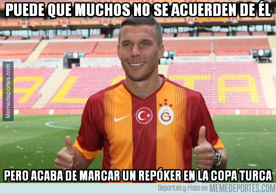 942320 - Podolski sigue marcando goles ahí donde va