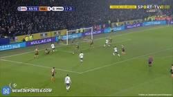 Enlace a GIF: Pogba sentencia la eliminatoria y pone al United en la final de la Copa