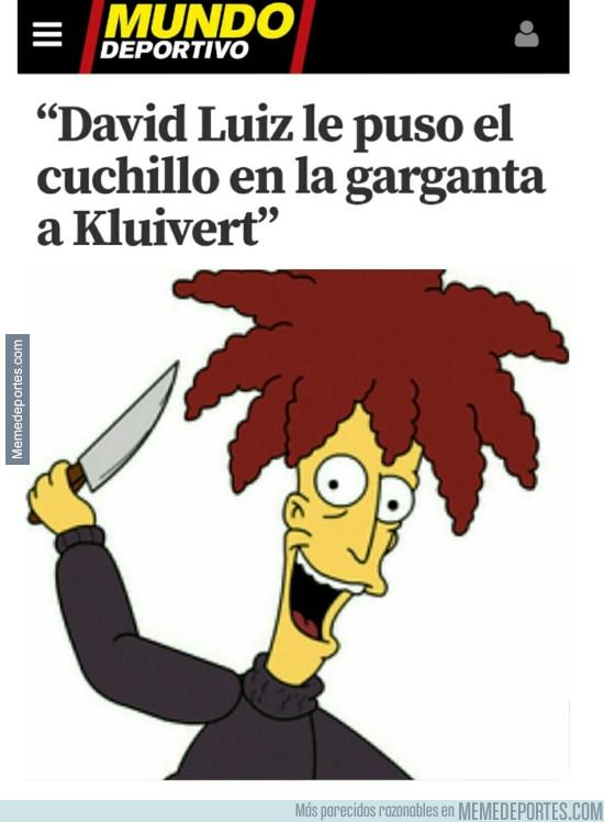 945002 - Actor secundario David Luiz