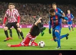 Enlace a Lo difícil de marcar a Neymar nos trae chops