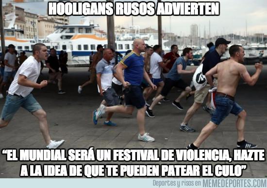 949218 - Los hooligans rusos advierten