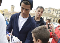 Enlace a Cristiano Ronaldo sale a la calle con el look del Sr Burns