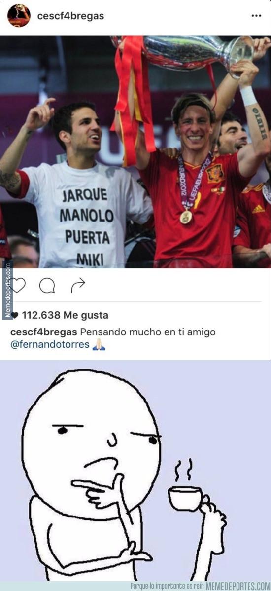 953322 - Muy desafortunada la foto que ha escogido Cesc para dar ánimos a Fernando Torres