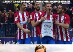 Enlace a Torres al ver la dedicatoria de Griezmann después de su gran caída...