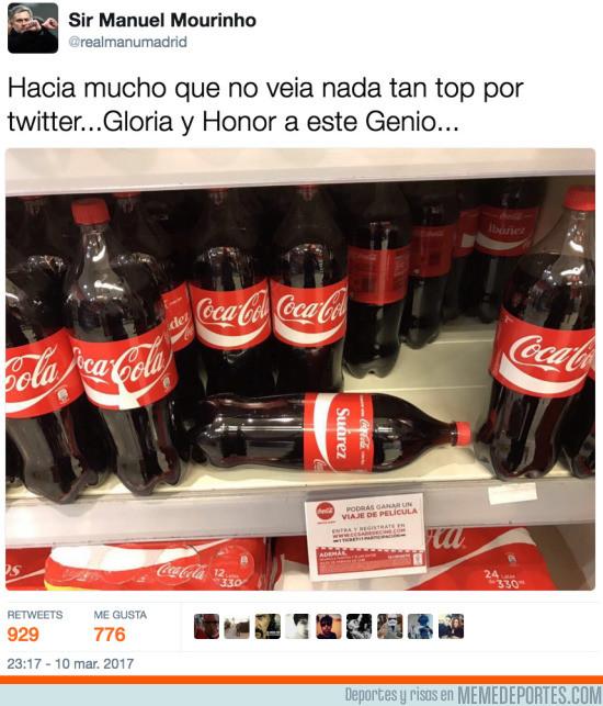 958341 - Representación del Barcelona-PSG con CocaColas