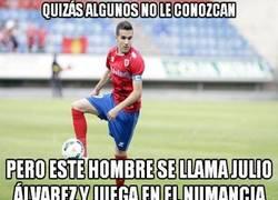 Enlace a Julio Álvarez, un héroe de los que no llevan capa