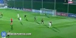 Enlace a Gran jugada que mereció ser gol por parte de este jugador del Real Madrid Castilla