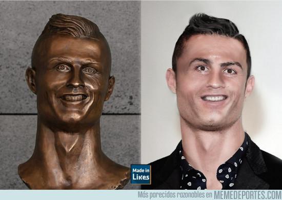 963337 - Así es como el escultor del busto en el aeropuerto de Madeira ve a CR7, por @LikesCero