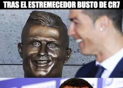 Enlace a Tras el estremecedor busto de Cristiano, llega el de Tévez