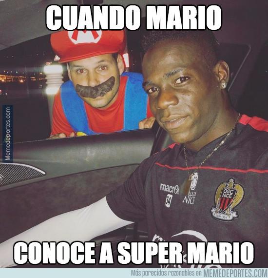 964657 - Mario conoce a Super Mario