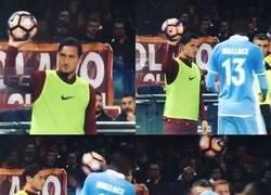 Enlace a A Totti se le va la cabeza, ¿qué le habrá dicho?