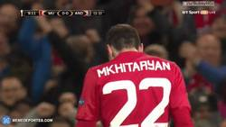 Enlace a GIF: Gol de Mkhitaryan que adelanta al United