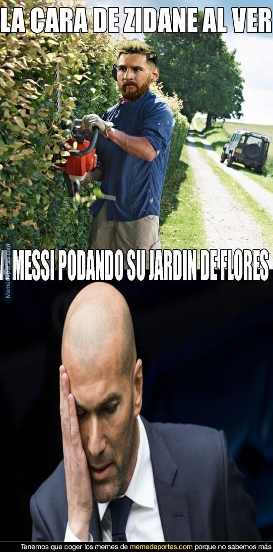 970273 - Messi le da de su medicina a Zidane