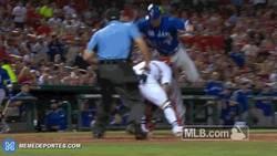 Enlace a GIF: Una de las mejores jugadas del beisbol en mucho tiempo. Señor salto de Chris Couglan