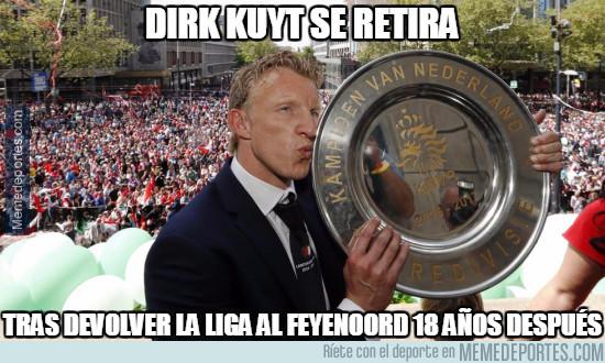 975772 - Dirk Kuyt se retira