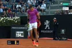 Enlace a GIF: Puntazo de Nadal ante Sock en el Masters 1000 de Roma