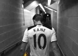 Enlace a Harry Kane ha ganado las 2 últimas botas de oro de la Premier. 99 goles oficiales y 23 años.
