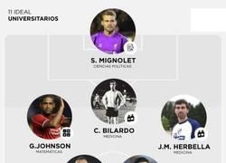 Enlace a 11 ideal de futbolistas con carrera universitaria