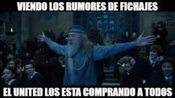 Enlace a Viendo los rumores de fichajes...