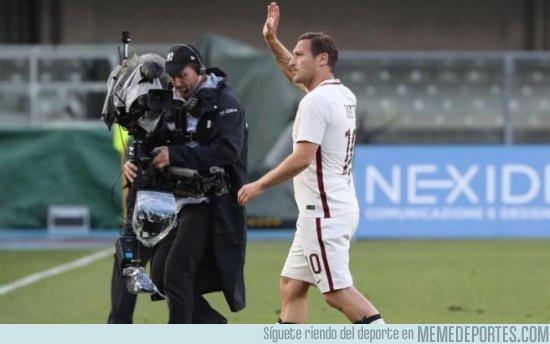 977770 - Totti anuncia que jugará el domingo su último partido con la Roma