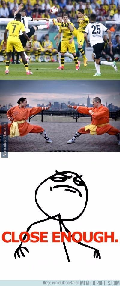 978176 - Kung Fu en la final de la Copa Alemana