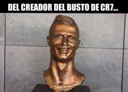 Enlace a El autor del busto de Cristiano contraataca con uno aún más lamentable de Bale