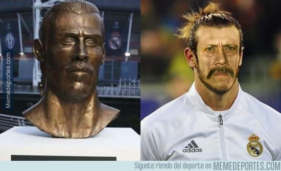 979061 - El parecido más fiel al busto de Bale