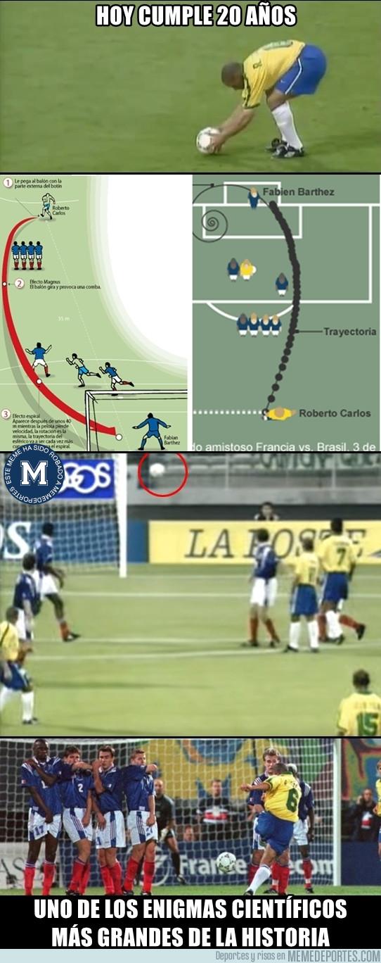979544 - El golazo de Roberto Carlos cumple 20 años