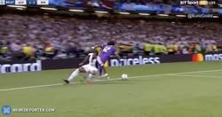 Enlace a GIF: Gooooooooool de Marco Asensio que ya es el cuarto del Real Madrid