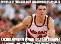 Enlace a Hoy hace 24 años nos dejó un genio del baloncesto