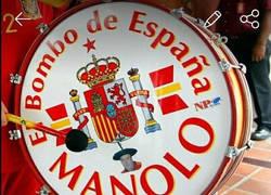 Enlace a Aparece en Wallapop el bombo de Manolo robado ayer en Murcia con un inquietante mensaje