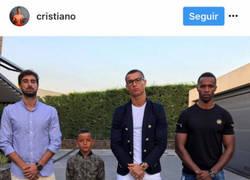 Enlace a El hijo de Cristiano Ronaldo no puede más