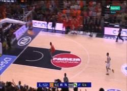Enlace a Y con este mate Valencia Basket se proclama campeón de la ACB frente al Real Madrid