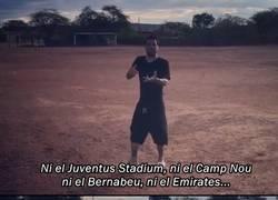Enlace a Dani Alves les manda un recado a Neymar y a Messi donde él empezó a jugar