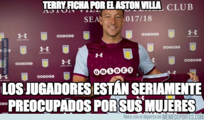 985496 - Terry presentado por el Aston Villa