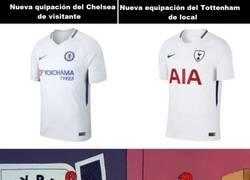 Enlace a Son idénticas las dos camisetas