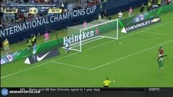 Enlace a GIF: Gran gol de Lukaku que ponía el 1-0 frente al City