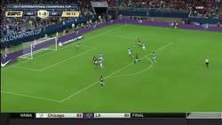 Enlace a GIF: Gran contra del United que acabaría Rashford para poner el definitivo 2-0