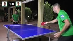Enlace a Vídeo: Joaquín se la vuelve a sacar jugando una partida de ping pong