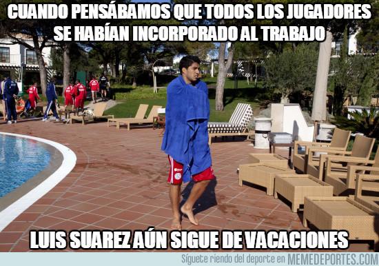 992871 - Suárez en temporada de piscinas