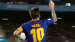 Enlace a El gol de Messi como nadie lo vio. Atentos al detalle