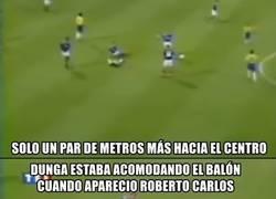 Enlace a El background del gol de Roberto Carlos a Francia