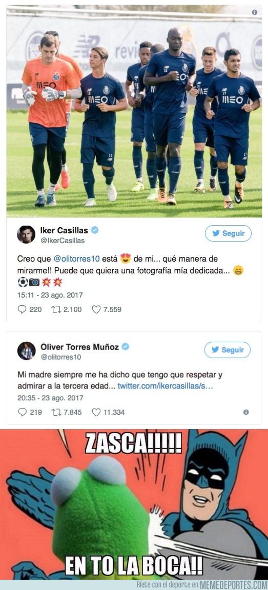 995306 - Casillas le hace una broma inocente a Oliver Torres y éste le mete un zasca bastante gratuíto