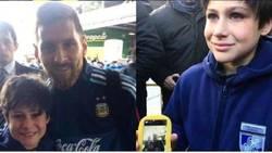 Enlace a El gran gesto de Leo Messi con un pequeño aficionado uruguayo