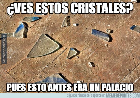 1001526 - El Crystal Palace está destrozado