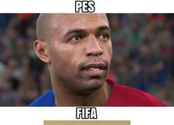 Enlace a Thierry Henry en PES y FIFA