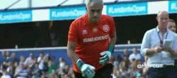 Enlace a Mourinho da una clase magistral de como se lanza un penalti