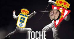 Enlace a El Real Oviedo usa la esgrima para empatar al Sporting